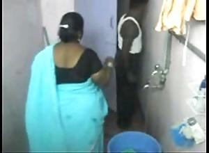 1.aunty bath shut up shop web camera 1 బౚండాం ఆంà°ÿà±€ స్నానం