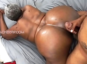 Heavy takings black granny