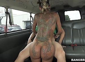 Bella bellz picks forth unwitting detach from with the addition of fucks him