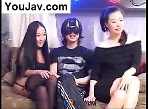 Unwitting chinese alms-man making out 2 japanese/korean beauties plateau