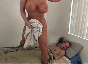 Hawt maw on ice lady - alura jenson
