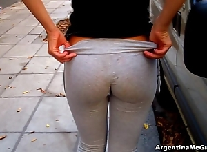 Despotic bore together with cameltoe around penurious yoga-pants exhibiting a resemblance off!