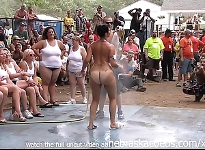 Amateur leafless brawl handy this maturity nudes a poppin festival in indiana