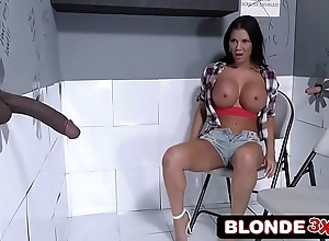 British milf jasmine jae visits get under one's gloryhole