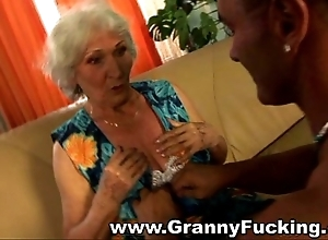 Grown-up granny acquiring fucked at the end of one's tether a broad bushwa