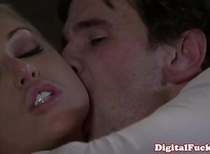Kirmess porn babe kayden kross facialized