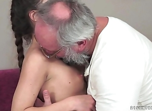 Teenie anita bellini receives drilled wits a grand-dad